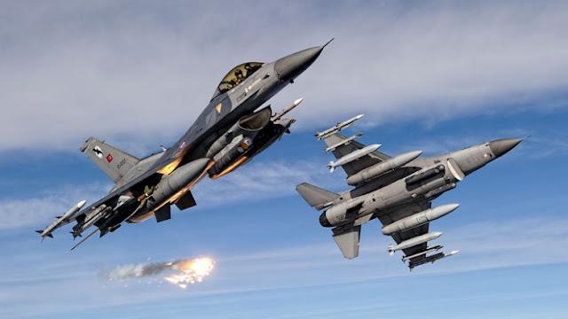 Τουρκικά αεροπλάνα στοχεύουν τους Κούρδους της Συρίας