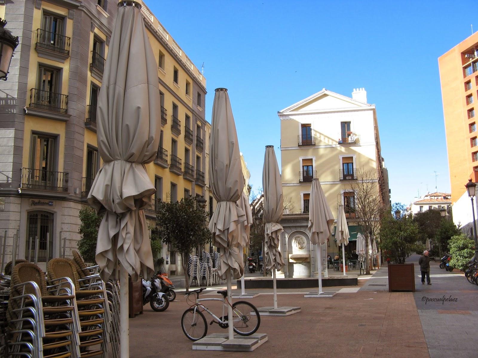 Rincones ibericos madrid calle huertas espa a for Calle prado 9 madrid