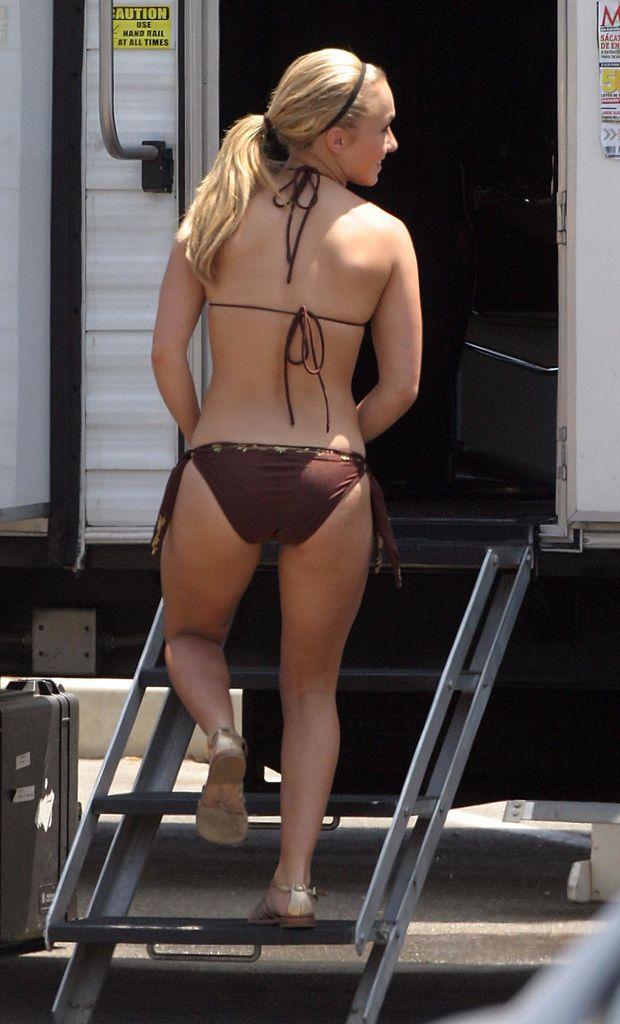 panettiere lookalike bikini Hayden zipper