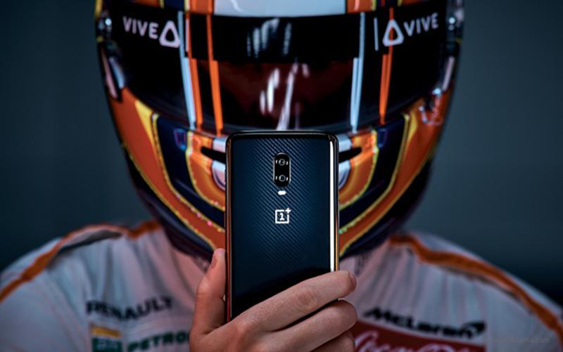 With McLaren inspired design