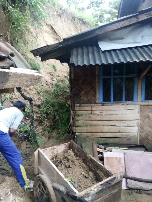 27 Rumah di Desa Gunungmanik Terancam Longsor, Seluruh Penghuni Dievakuasi