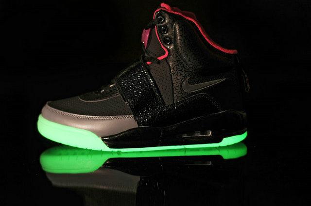 0a3cef9677b Light Up Nike Yeezy Shoes