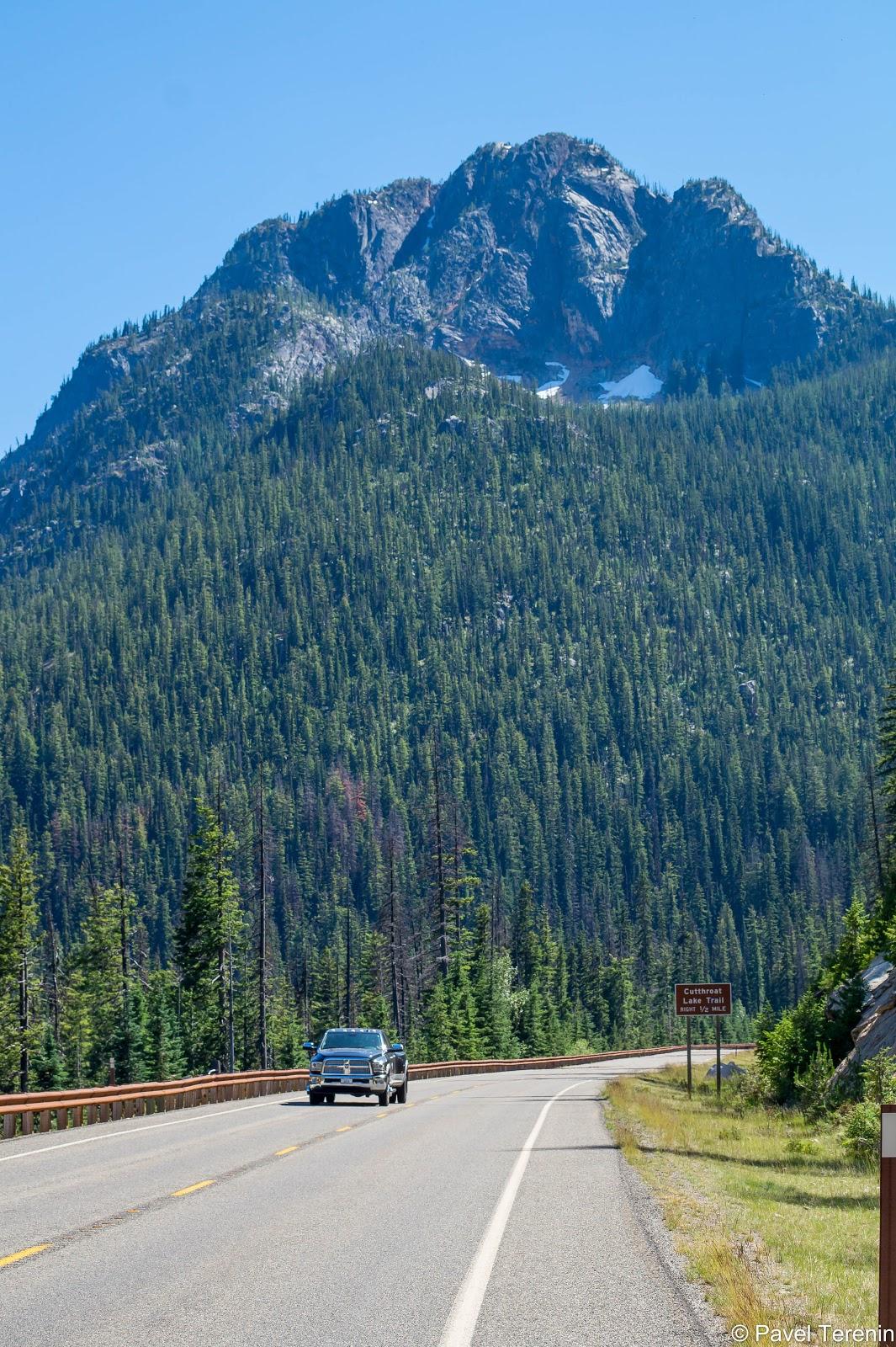 Всё говорит о том, что мы въехали в Северные Каскады, огромнейший национальный парк США, самый крупный за пределами Аляски.