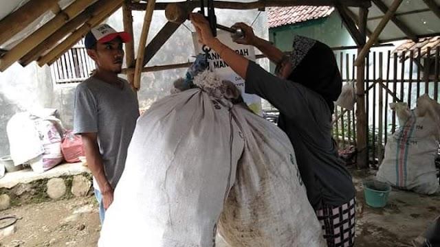 Beli Sembako dan Bayar BPJS Pakai Sampah, Ini Caranya