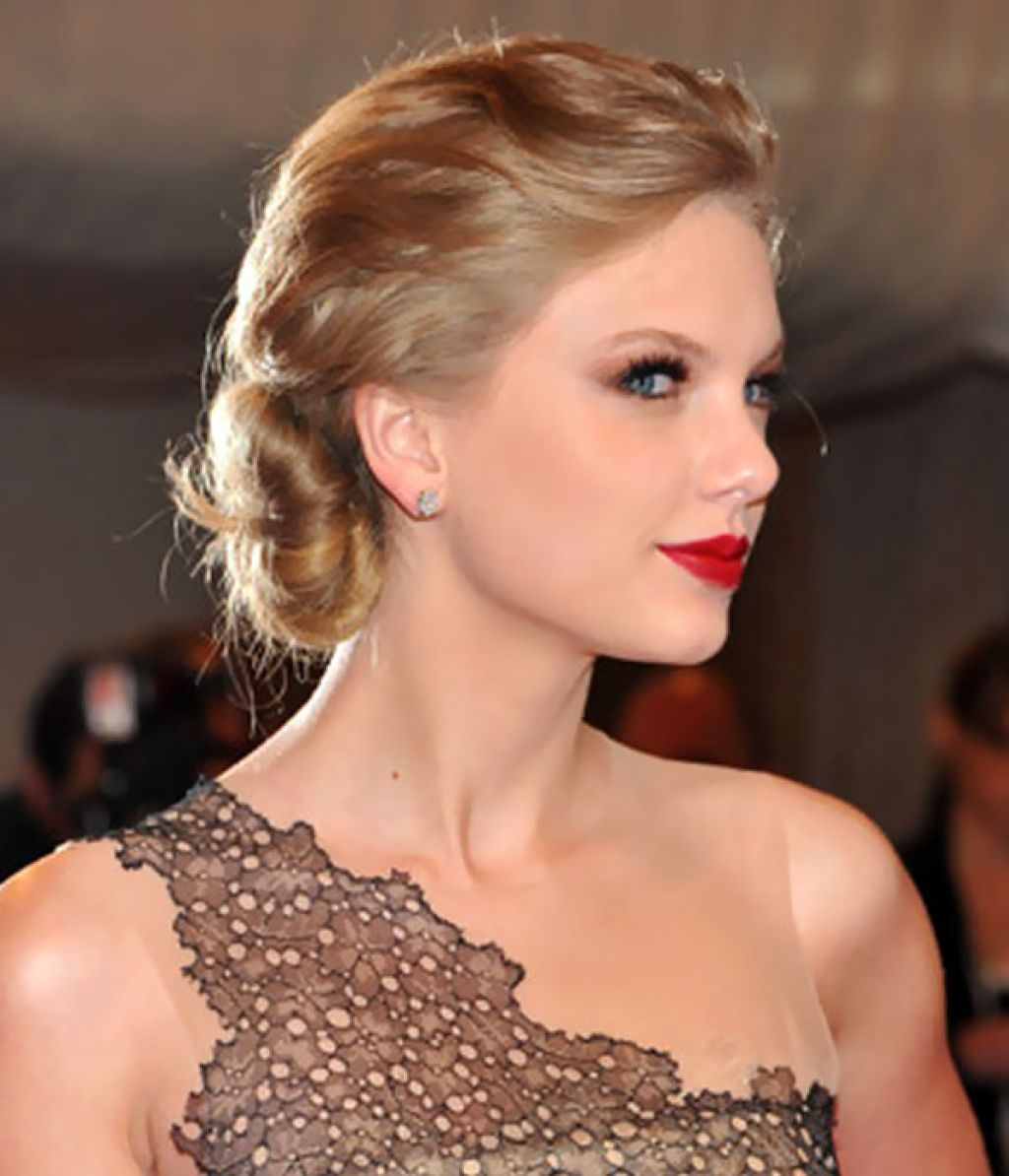 How The Best To Get Taylor Swift Updo Hairstyles Thesmallisland