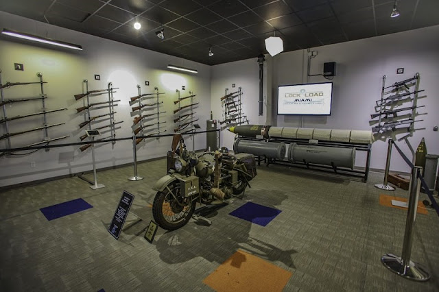 Armas na loja Lock and Load em Miami