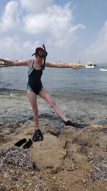 teen in Simply Scuba snorkel gear #simplysnorkelling
