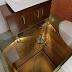 8 Desain Toilet Terunik di Dunia yang Bikin Traveler Gagal Buang Air, Ada yang Bisa Sambil Main Ski