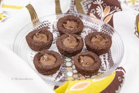 Mini Chocolate Nutella Cookie Cups