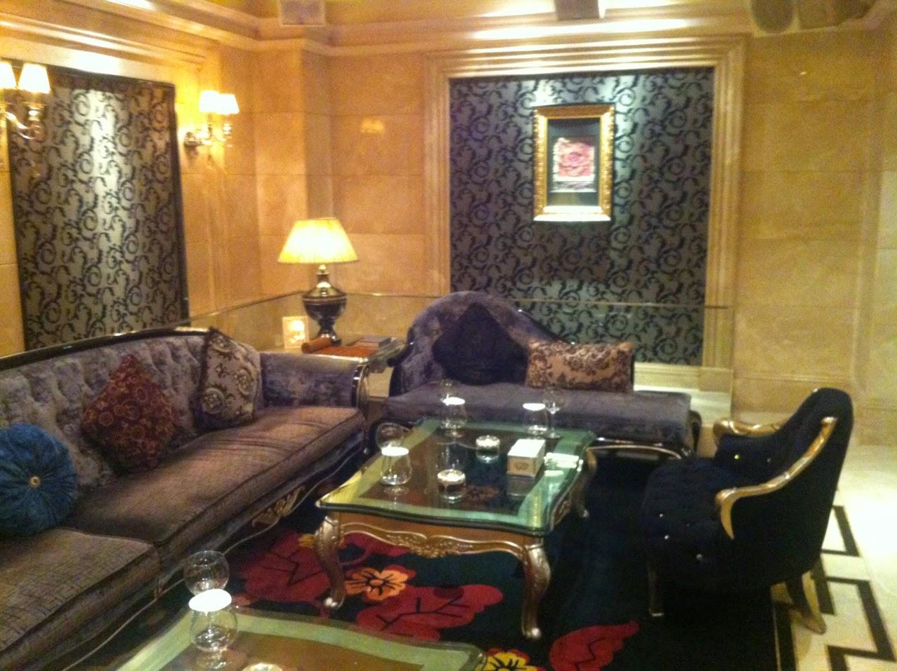 広東中山の国際酒店KTVへ。その7|香港発アジア行。夜の海外旅日記!