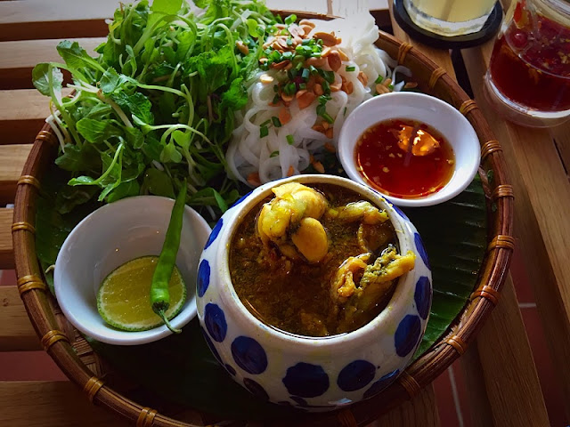 Quang noodle - The flavor is typical of the Central Vietnam 2