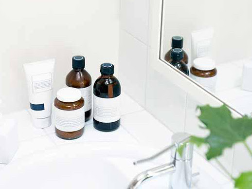 What are the Benefits of Adding Toner to Your Skincare Routine?