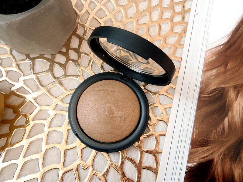 bronzer mineralny Golden Rose