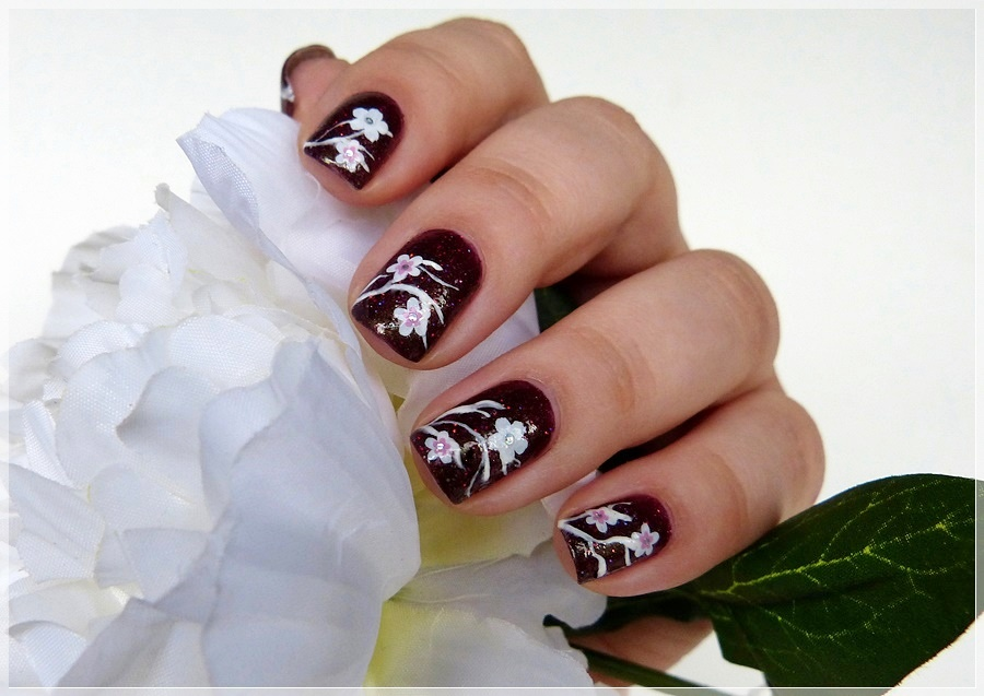 simples Nailart mit stickern