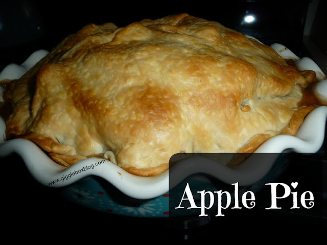 delicious apple pie, what to do with the apples that you picked, desserts,