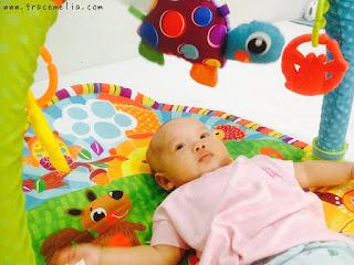 cara menstimulasi bayi 3 bulan