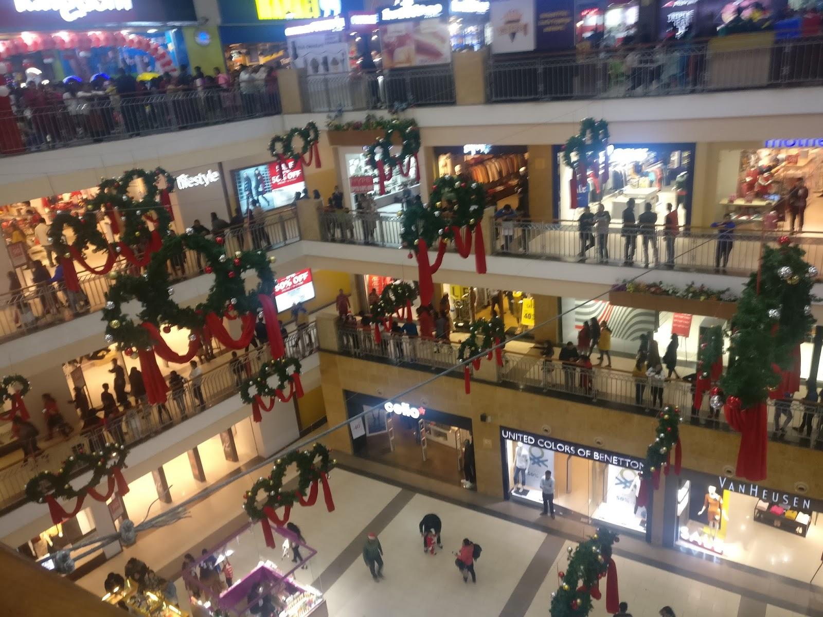 Sembrar ayudar Estragos  Mindless Satire: Merry Xmas in Pacific Mall, Dehradun