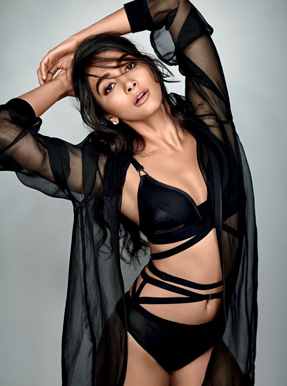 Pooja Hegde Super Hot Bikini Photo Shoot Images 2017 Year-4777
