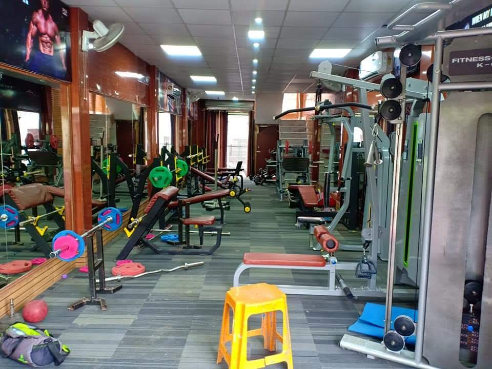 Gym equipment manufacturers in india: why bench press is considered