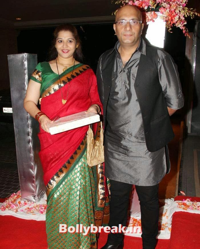 Amit Bahl, Siddharth Kannan & Neha Agarwal Wedding Reception Pics