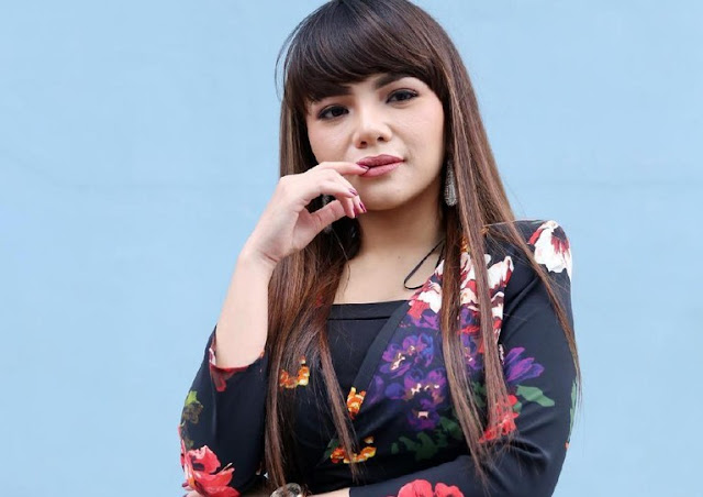 Marshmello Komentar di IG Dinar Candy: Come Love Me