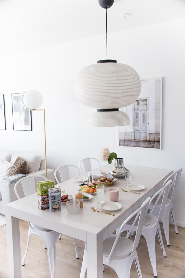 Villa H, brunssi, ruokailutila, sisustaminen