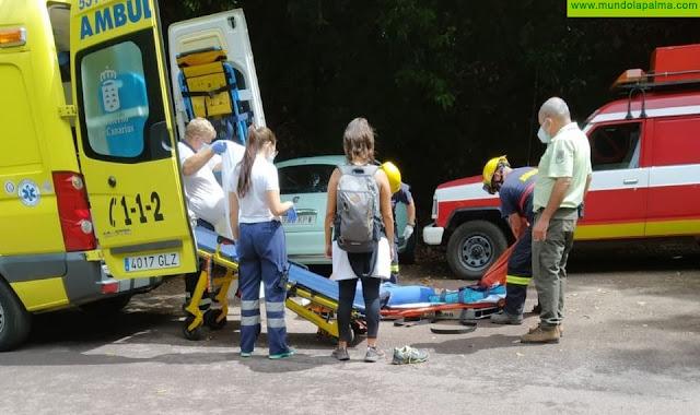"""Los Bomberos rescatan una senderista en """"Los Tilos"""""""