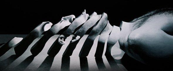 Ben Howe arte pinturas hiper-realistas surreais sombrias retratos twisted preto e branco sonhos onírico terror