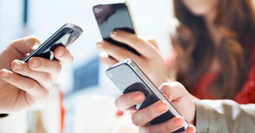 Presentan Proyecto de Ley que prohíbe el uso de celulares en horario de clases (P. L. N°3679)
