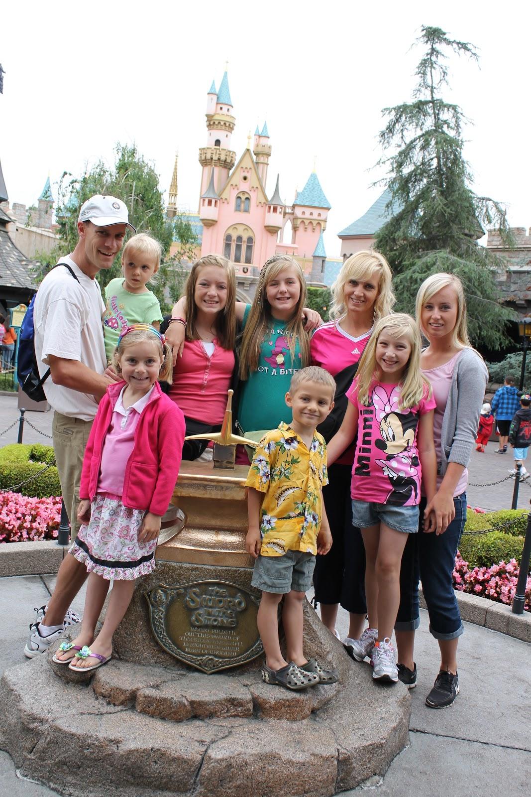 Myatt S Disneyland Info Disneyland Vs California