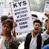 एसओएल में कक्षाएं शुरू होने में देरी के खिलाफ केवाईएस के नेतृत्व में कॉरेस्पोंडेंस छात्रों ने किया विरोध प्रदर्शन   Protest against Correspondence students led by KYS against delay in starting classes in SOL