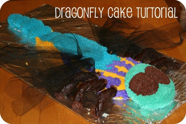 A Handmade Tale Dragonfly Cake Tutorial