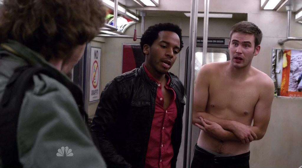Zach Cregger Shirtless In Friends With Benefits S1e05 Shirtless