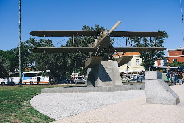 サカドゥラ・カブラルとガーゴ・コーチニョの記念碑(Monumento a Sacadura Cabral e Gago Coutinho)