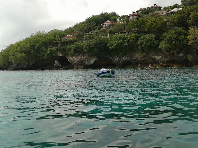 Mengunjungi Pulau Nusa Lembonga, Bali
