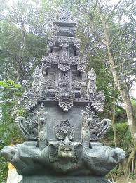 Bangunan Stil Bali Padmasana