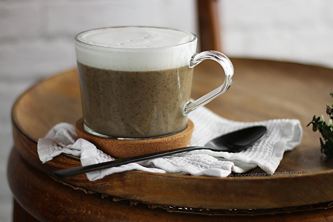 Cremige Champignon Suppe mit Rieslingschaum Rezept
