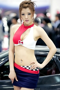 Asian-Sport-Girl-Stunning-Photo