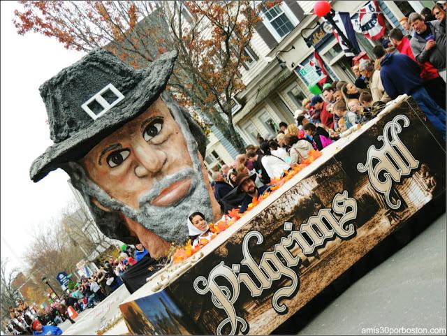 Carroza Peregrino en el Desfile de Acción de Gracias en Plymouth