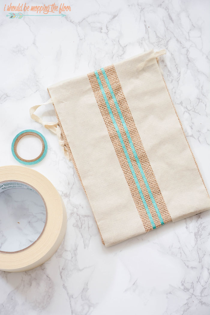 Miniature Grain Sack Bags | This tutorial for how to make Miniature Grain Sack Gift Bags is a fun little craft that anyone can make. It is a simple project with a lot of bang...and it's perfect for the holidays!