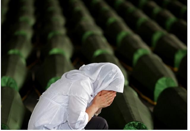 SETELAH TERBUKTI KEPALSUAN BIBEL, PEREMPUAN MURTAD INI KEMBALI MASUK ISLAM