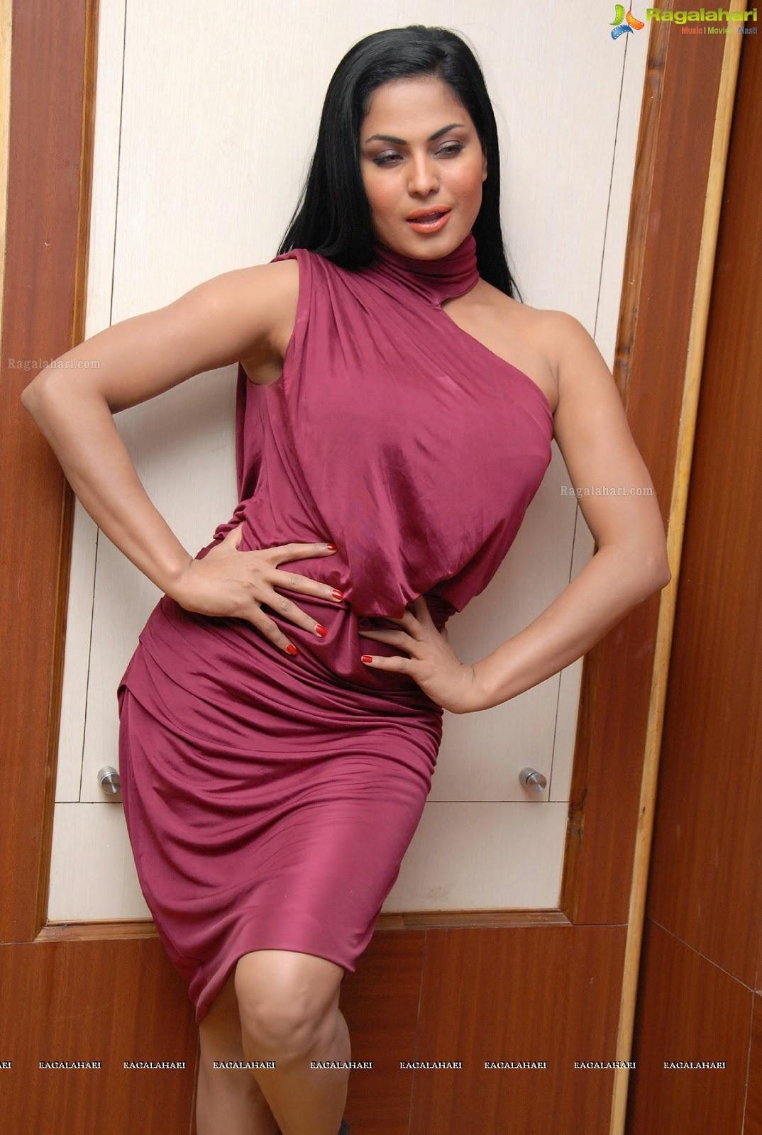 Pakistani Television Captures And Hot Models Veena Malik -4611