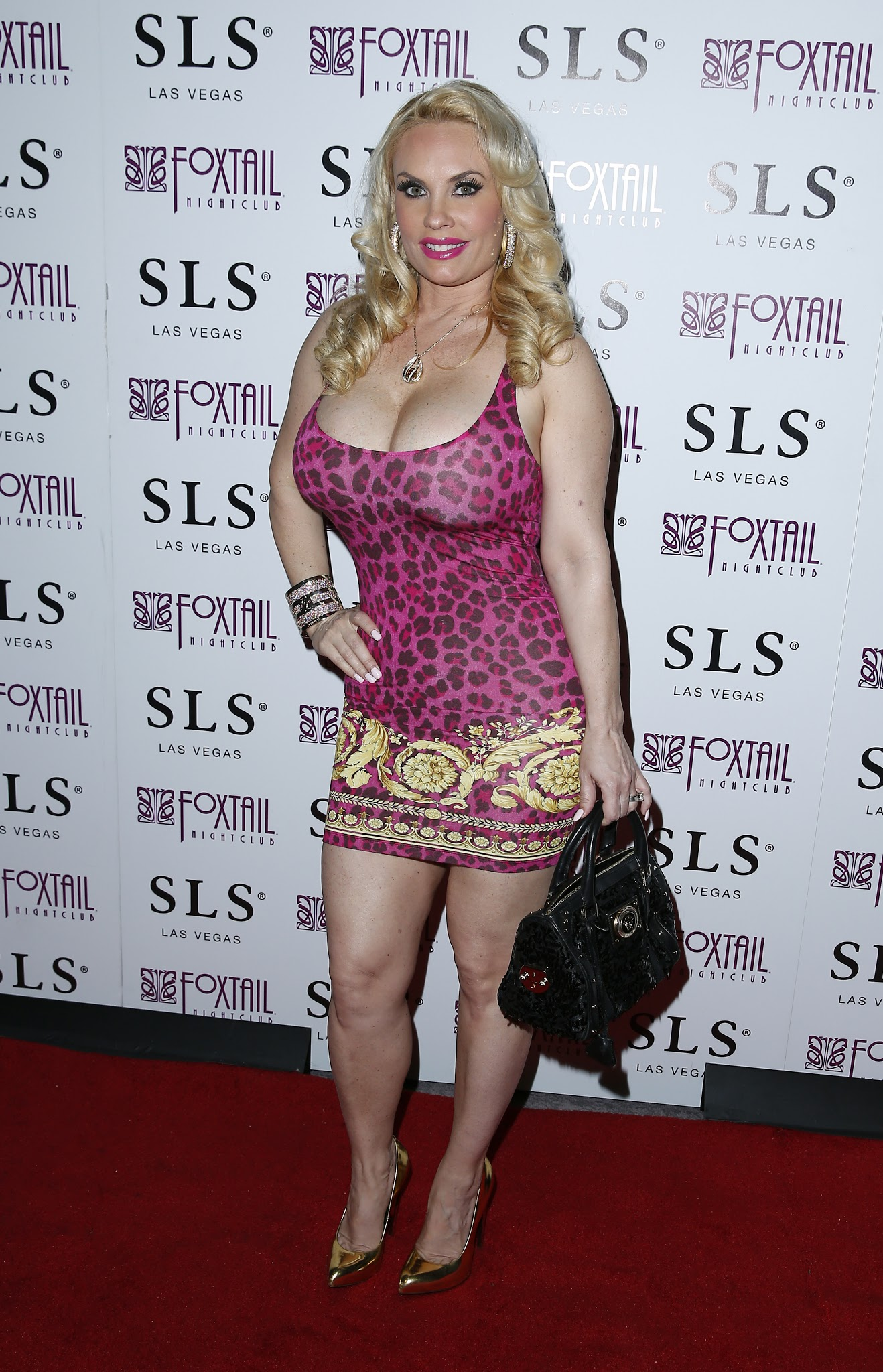 The Toe Cleavage Blog Blondes Three For Thursday Jpg X Holly Halston Dress