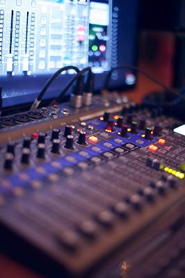 sound pollution,sound system,