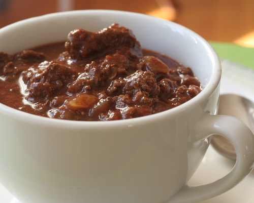 Chocolate Chili ♥ KitchenParade.com, a touch of chocolate plus warm savory spices, my oldest (still best!) chili recipe! Low Carb. Weight Watchers Friendly.
