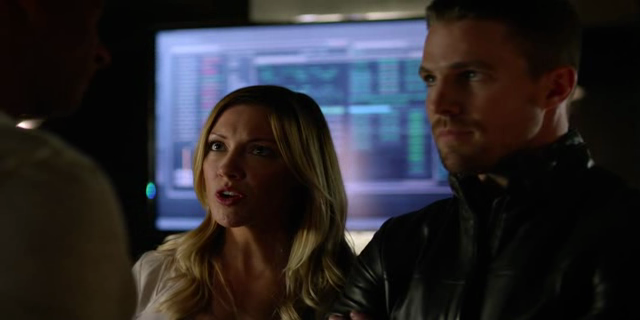 Arrow Dublado – 4ª Temporada Completa