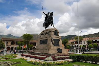 Plaza de Armas Ayacucho, que ver en Ayacucho, Semana Santa de Ayacucho, Ayacucho Peru