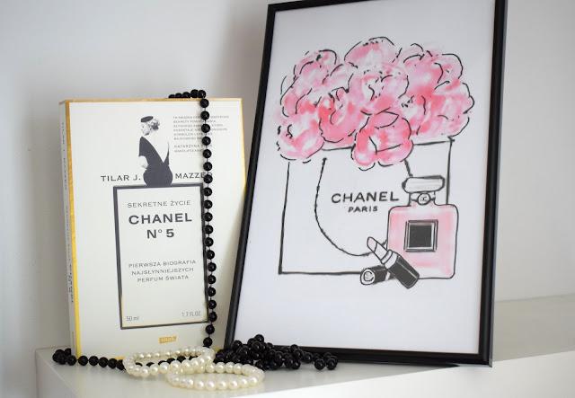 Tilar J. Mazzeo, Sekretne życie Chanel no. 5