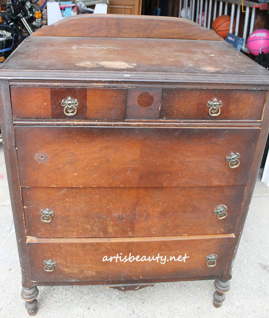 Vintage beat up old dresser Makeover Chalk paint, Mineral paint wax and distressed before and after