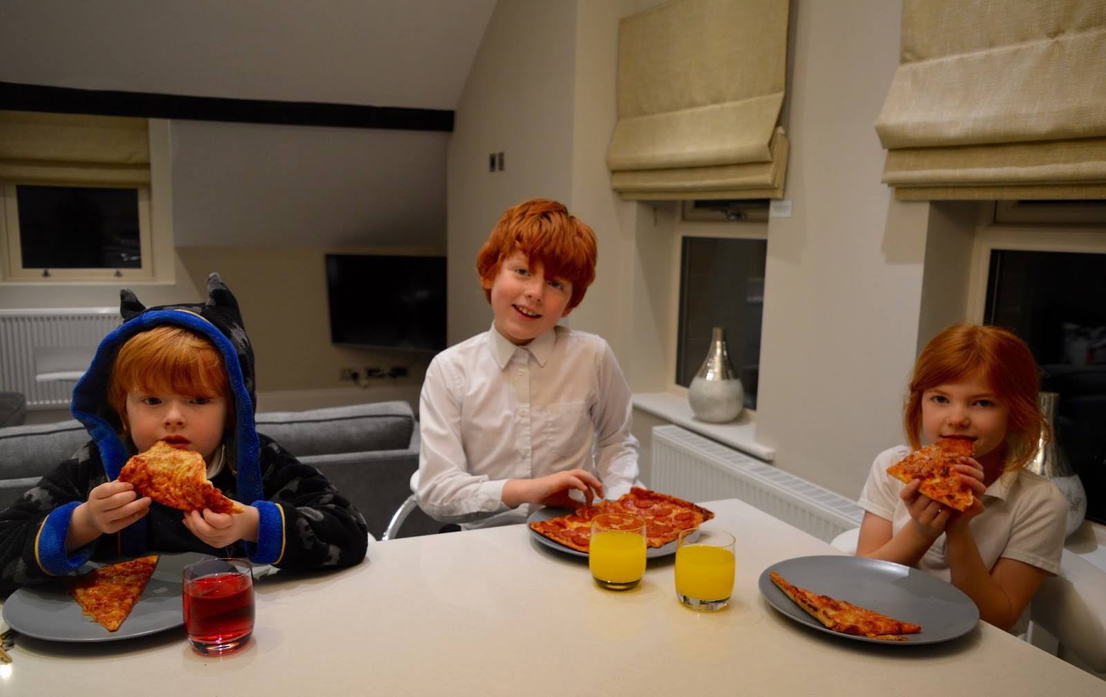 48 Hours in Harrogate with Kids | Harrogate Serviced Apartments Review - pizza at the breakfast bar